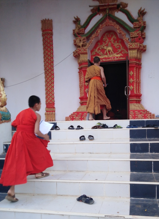 Loas Novice Monk Late for Temple